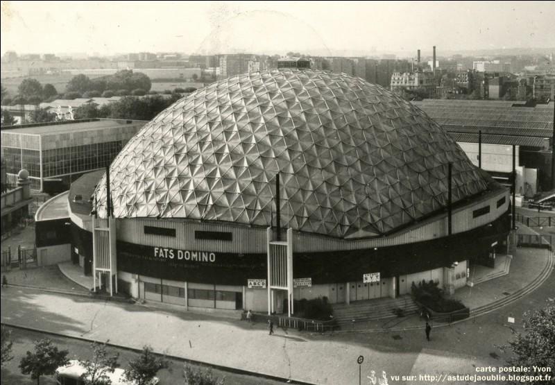 Quel groupe a donné un concert mémorable au Palais des sports de Paris en 1970 ?