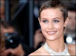 L'actrice Cécile de France est née à Andenne, dans la province de Namur. Quelle religieuse a-t-elle incarnée au cinéma en 2009 ?
