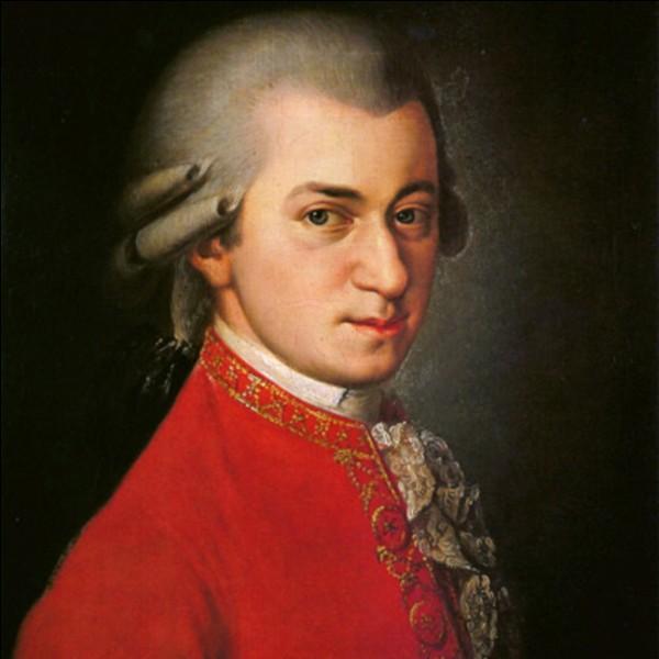 À quel âge seulement Wolfgang Amadeus Mozart décède-t-il ?