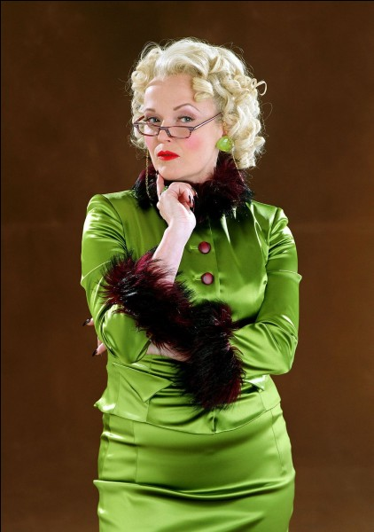 Rita Skeetter se transforme :