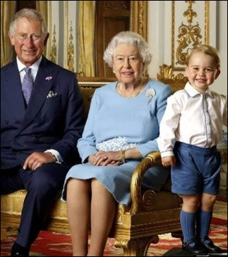 Jusqu'aux enfants de la famille royale, un code vestimentaire est à suivre. Lequel, pour le prince George ?