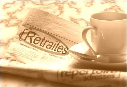 La loi sur les retraites ouvrières et paysannes est votée en France le 12 février. A quel âge celles-ci sont-elles fixées ?
