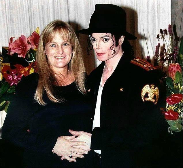 Qui était Debbie Rowe lors de sa rencontre avec Michael ?