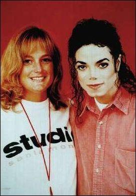 Où Michael se marie-t-il avec Debbie Rowe ?