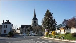 Nous sommes dans le Centre-Val-de-Loire, à Theillay. Village de l'arrondissement de Romorantin-Lanthenay, il se situe dans le département ...