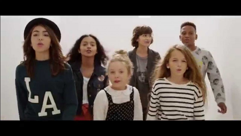 Quelle a été la première chanson interprétée par les Kids United ?
