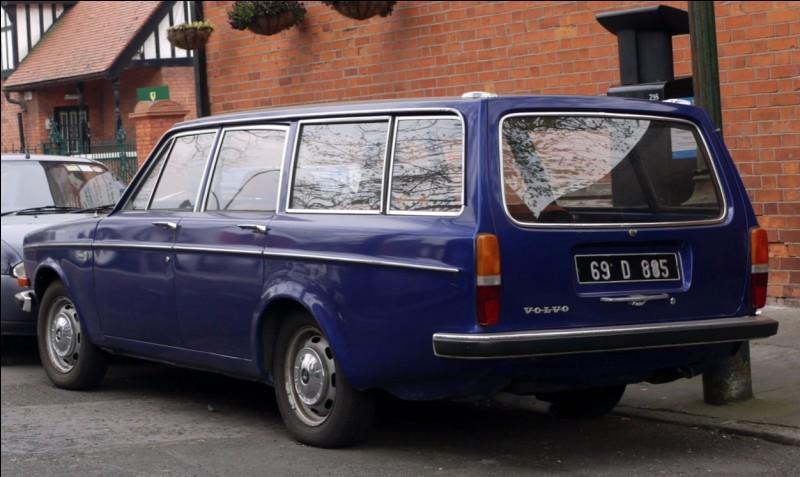 Quel est le nom de ce break Volvo ?