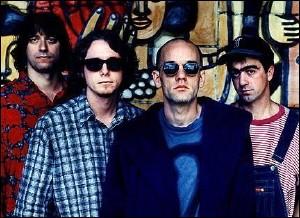 ''Losing My Religion'' est une chanson de R.E.M.. Que signifient les lettres qui forment le nom de ce groupe ?