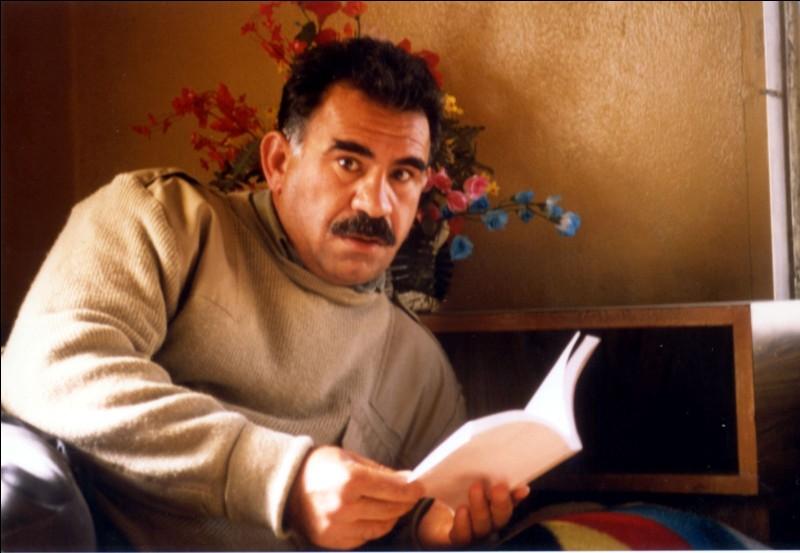En 1999, le leader du Parti des Travailleurs du Kurdistan, Abdullah Ocalan, est capturé, mais où ?