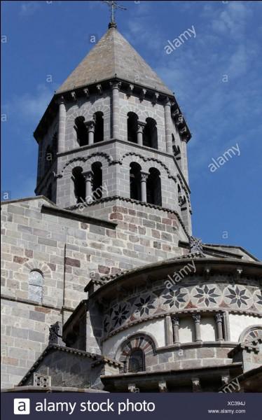 Grès ayant servi à construire les églises romanes d'Auvergne !