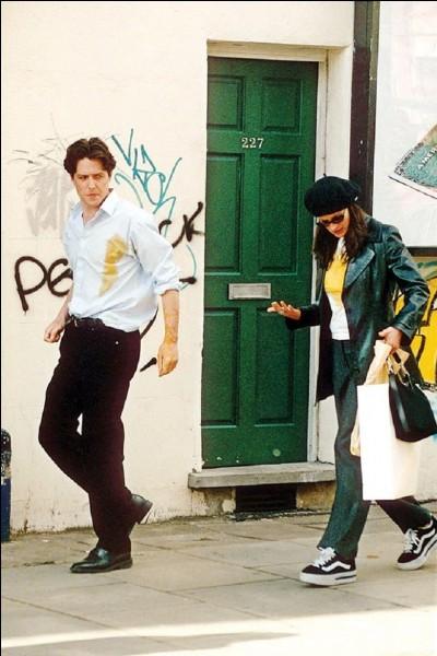 """Film d'amour à l'eau de rose.""""Coup de foudre à Notting Hill"""" réunit à l'écran Hugh Grant et..."""