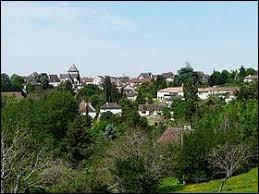 Nous terminons cette balade en Dordogne, à Thenon. Nous sommes en région ...