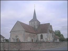Voici l'église Saint-Maurice de Gourgançon. Village du Grand-Est, dans l'arrondissement d'Épernay, il se trouve dans le département ...