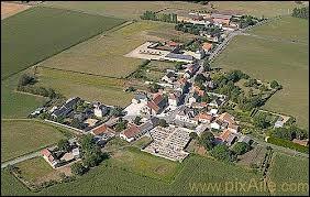 Village Viennois, Orches se situe dans l'ancienne région ...