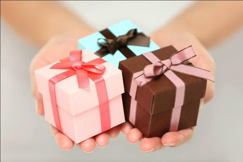 Parmi ces mots, lequel est un synonyme de cadeau ?