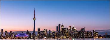 """Dans quelle ville se situe la """"CN Tower"""" ?"""