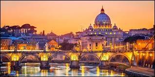 """Ma capitale est """"Rome""""."""