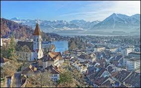 """Ma capitale est """"Berne""""."""