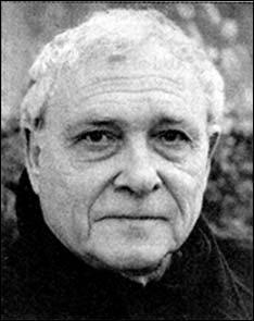 Ses écrits évoquent la luxuriante et erratique beauté du monde, et aussi ses angoisses de la condition humaine. Ce poète du XXIe siècle se nomme ...