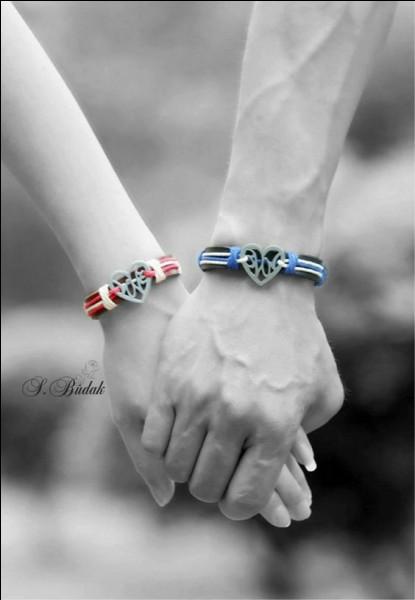 On continue à compléter : C'est vrai, nous serons vieux, très vieux, faiblis par l'âge,Mais plus fort chaque jour je serrerai ta mainCar vois-tu chaque jour je t'aime davantage.....