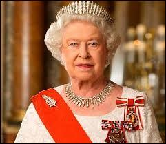 """""""Élisabeth II"""" est née dans mon pays."""