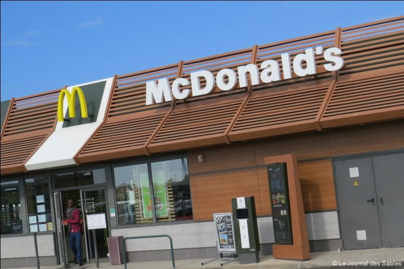 Il n'y a aucun McDonald's en Islande.