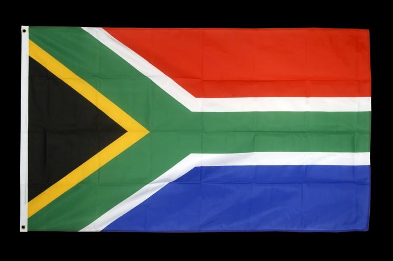 Quel pays africain est complètement au sud ?