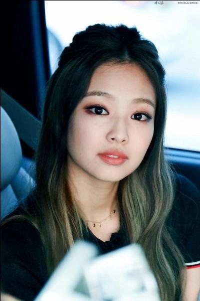 Quelle est la date de naissance de Jennie ?