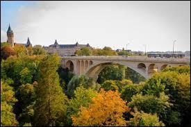 """Le """"pont Adolphe"""" peut être traversé..."""