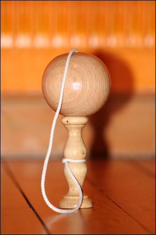 Le jeu du bilboquet a été inventé au début du XX ème siècle par l'ingénieur Bill Boquey.