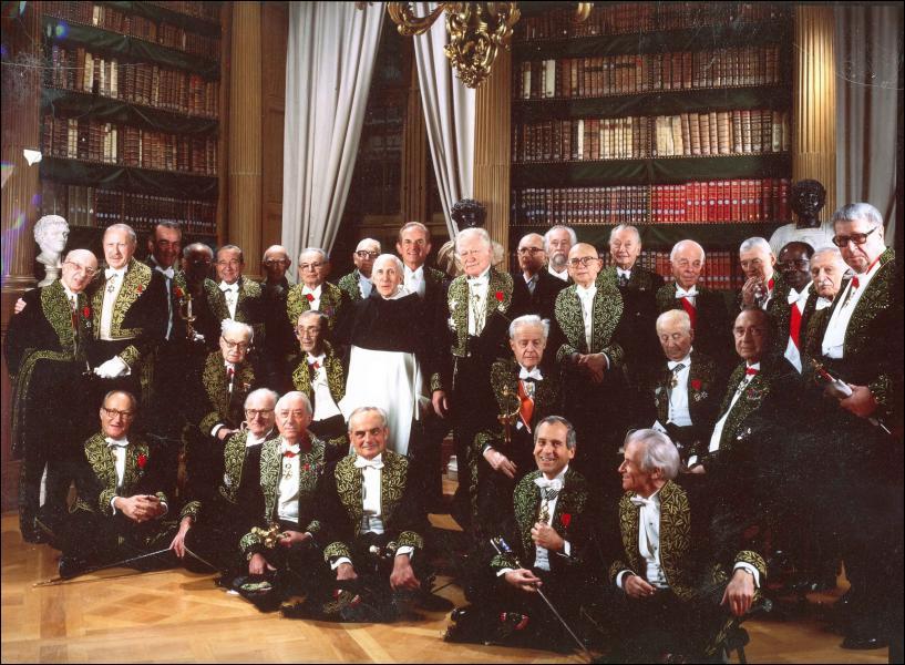 L'Académie française, créée en 1635 par Richelieu, est composée de 40 membres.