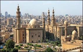 Le Caire est la capitale du continent africain la plus peuplée.