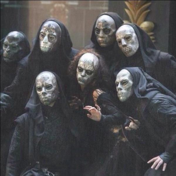 Comment se nomment ces personnes ?