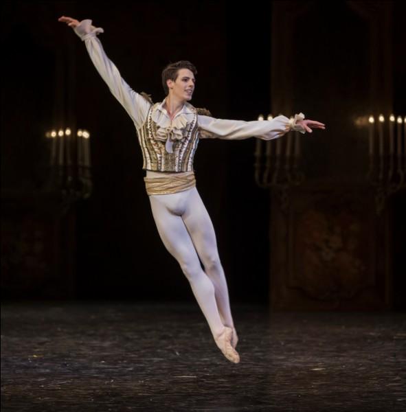 Le rêve de Tierno est de devenir danseur.