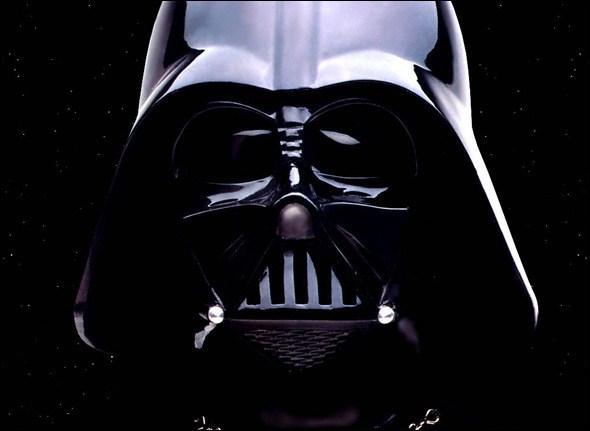 Comment s'appelait Dark Vador avant de passer du côté obscur de la Force ?