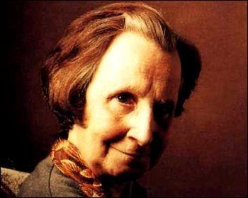 Dans quel film d'E. Chatiliez une vieille dame acariâtre terrorise son entourage ?