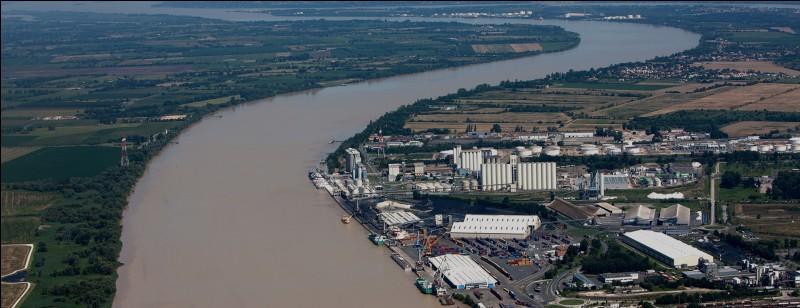 Bordeaux est la préfecture de quel département ?