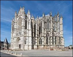 Dans quelle ville peut-on voir cette cathédrale ?