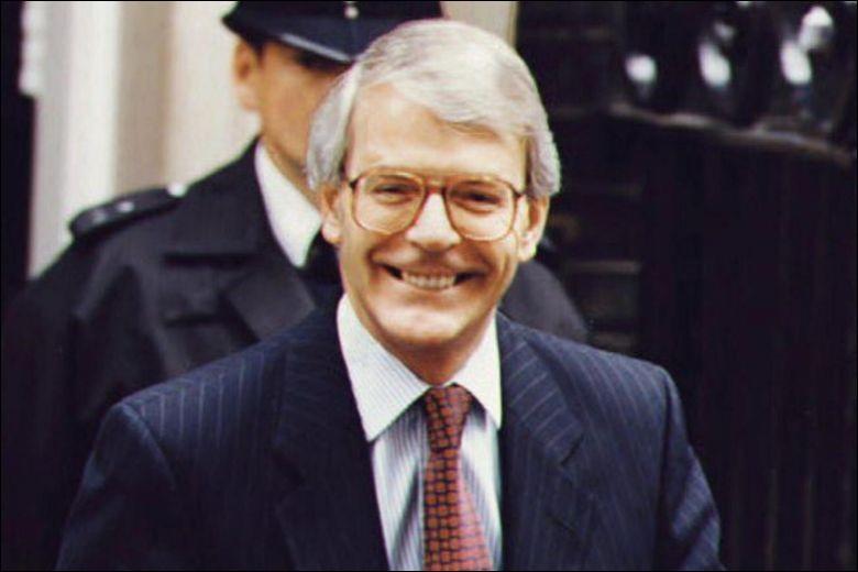 Cet homme politique britannique, premier ministre de novembre 1990 à mai 1997, c'est ...