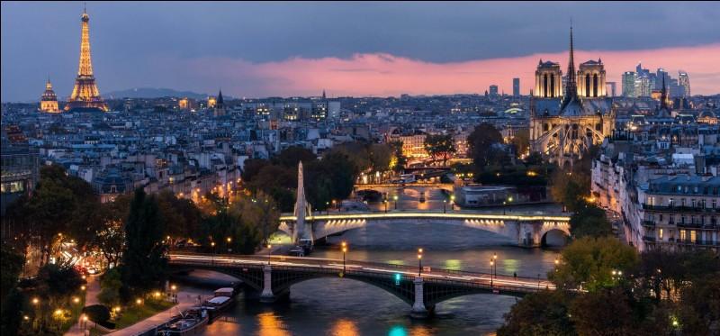 Comment s'appelaient les habitants de Lutèce(ancien nom de Paris) à l'époque gauloise ?