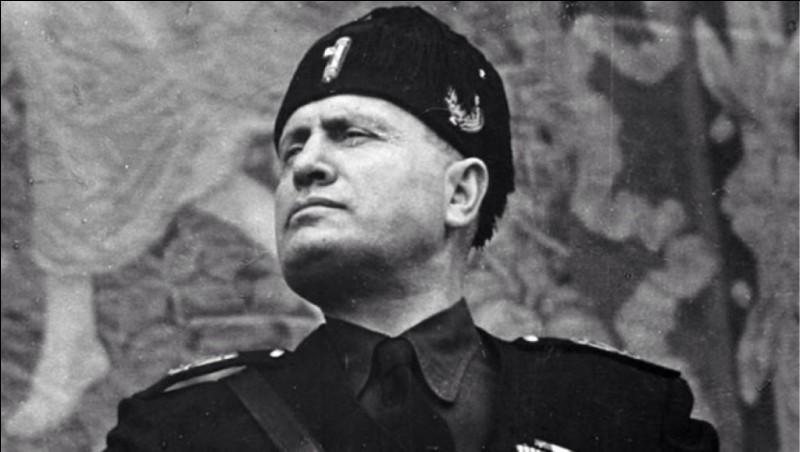 Quel était le surnom du dictateur italien Benito Mussolini ?