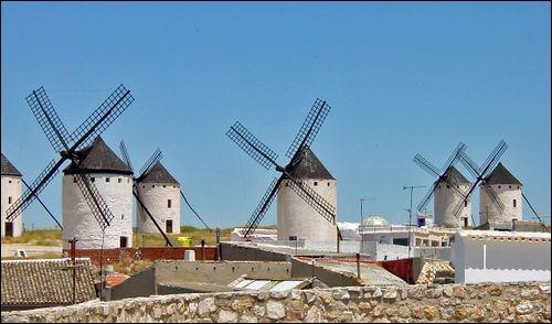 ''Les Moulins de mon cœur'', (chanson composée et chantée par Michel Legrand), pourraient être une ville du département de...