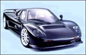 Sportive britannique produite à petite échelle. Le nom du constructeur fait écho avec le nom du premier double champion de Formule 1. Quel est son nom ?