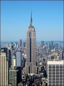 Tenez, par exemple : L'Empire State Building, eh bien, il est plus récent que M. le Président ! Vrai ou faux ? [NDLR : Pour vous repérez, la date de naissance d'icelui figure sur l'image de titre !]