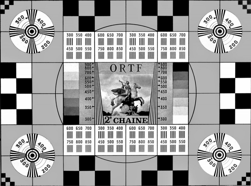 En 1967, les Français peuvent regarder une première émission télévisée en couleurs sur la 2e chaîne, quel en était le sujet ?