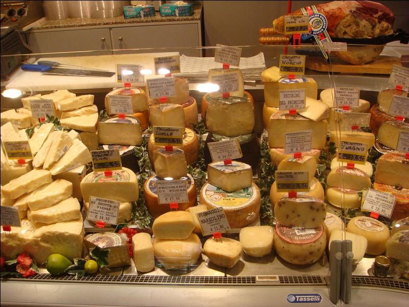 Pour les amateurs de fromages italiens, si vous revenez en avion, il est une recette qui ne fait pas partie des produits défendus en cabine !