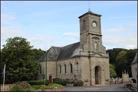 Nous sommes en Bretagne devant l'église Notre-Dame de Billio. Commune de l'arrondissement de Pontivy, elle se situe dans le département ...