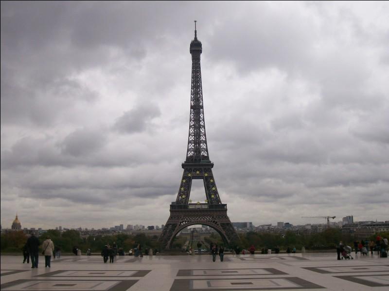 En quelle année la tour Eiffel a-t-elle été achevée ?