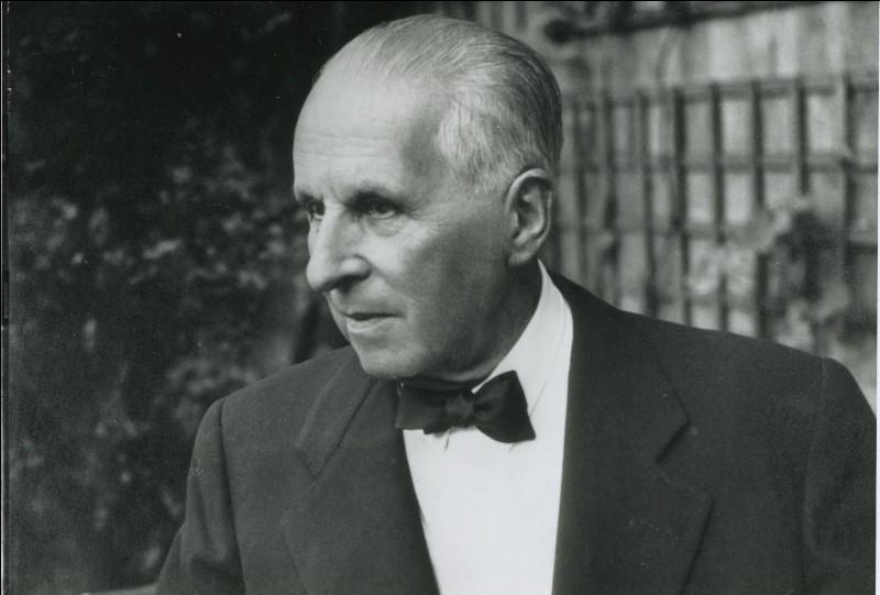 Cet éditeur, fondateur d'une maison d'édition qui occupe une place majeure dans la vie littéraire française du XXe siècle, c'est ...