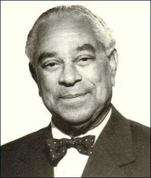 Cet homme politique, radical, petit-fils d'esclave né à Cayenne, a été président du Conseil de la République de 1947 à 1958, puis du président du Sénat de 1958 à 1968 : c'est ...